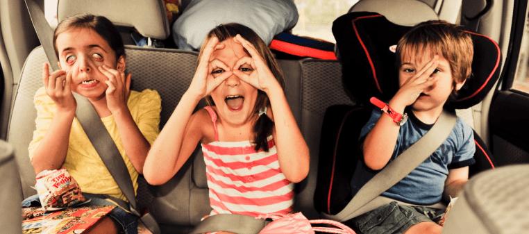avis voyager voiture enfants