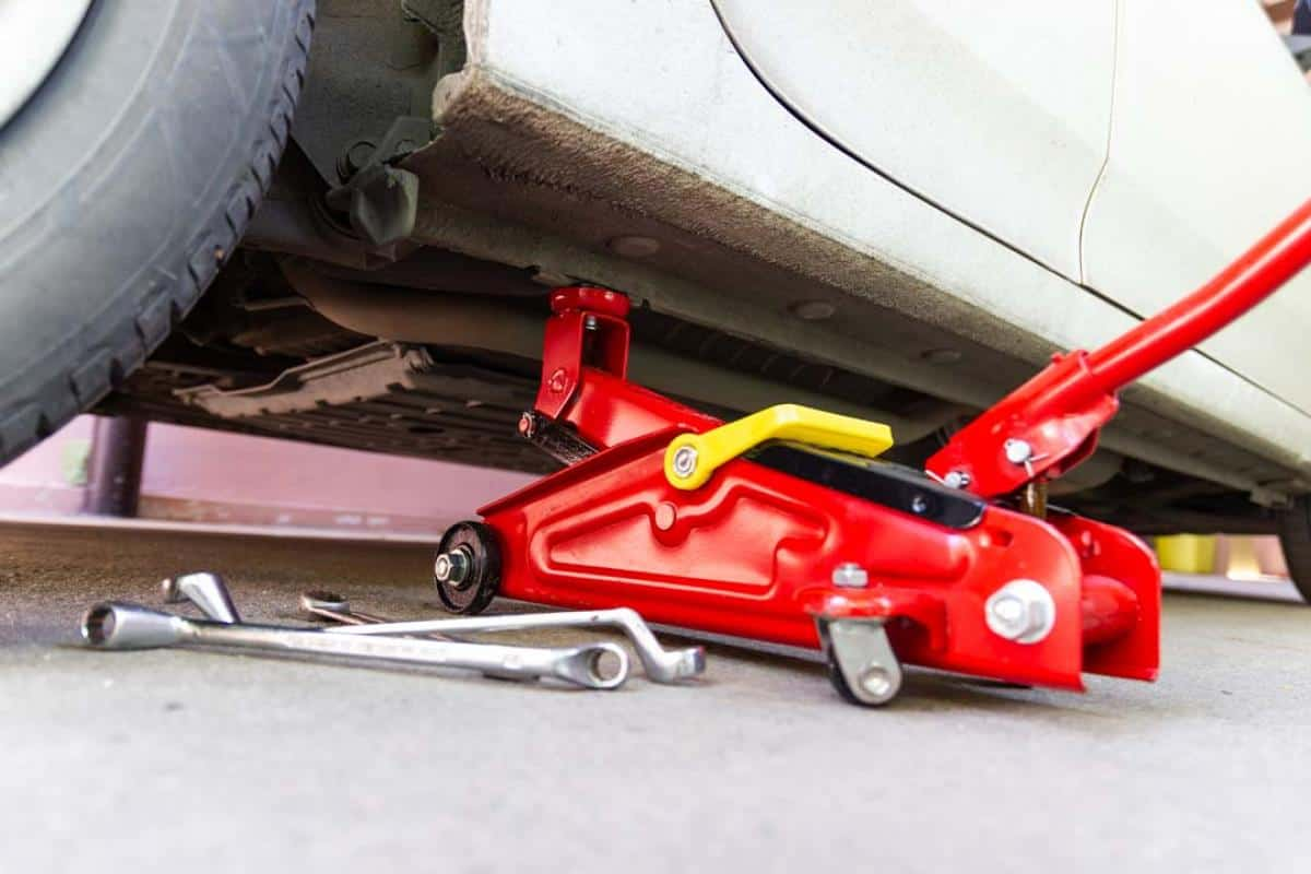 reparer voiture outils